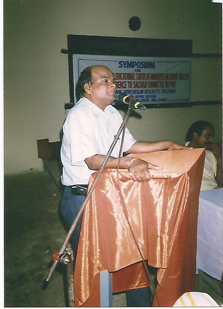 Prof Nikunja Bihari Biswas is Delivering Lecture